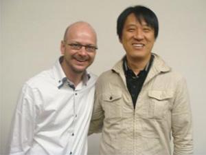 左:南カリフォルニア大学Drパスカル・マニエ 右:院長
